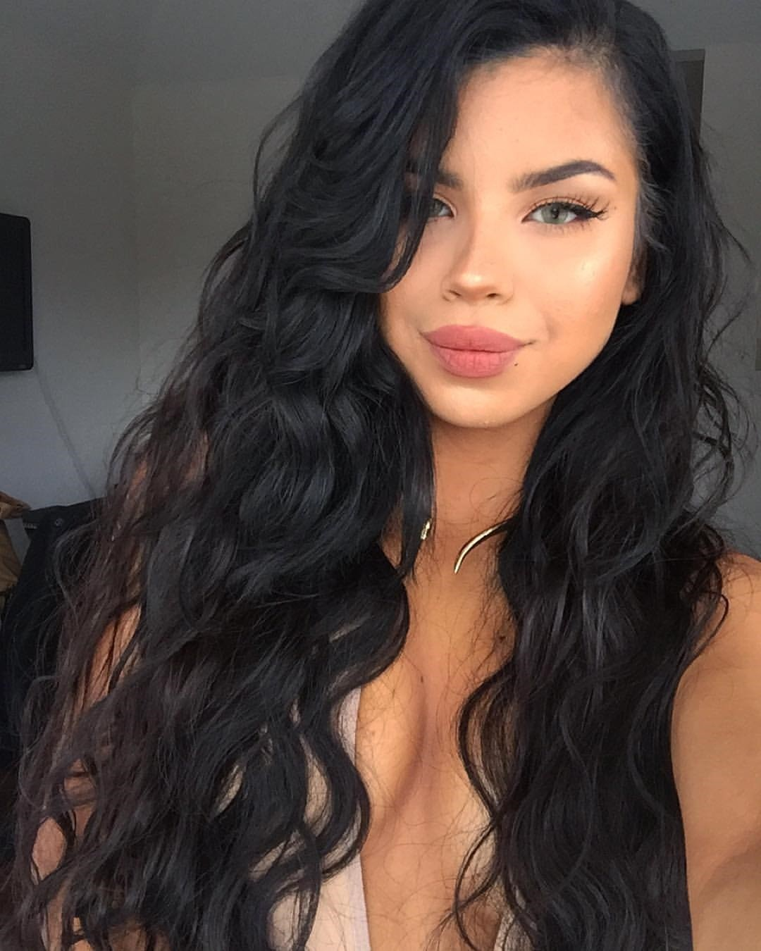 Silk Top 4*4 Full Lace Wigs Indian Human Hair Loose Wave