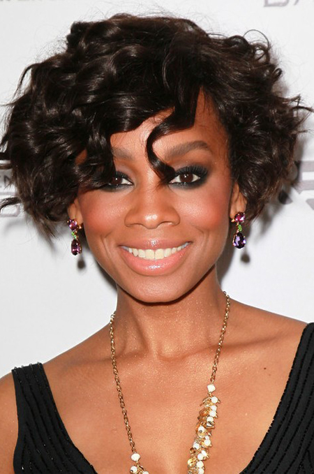 8 Inch Summer Fashion Celebrity Short Bob Curly Black Human Hair Wigs